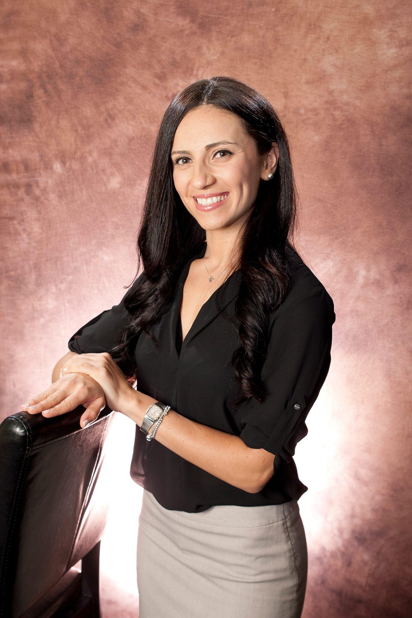 Dr. Nelli Kap